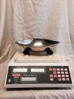 Avery sweet weighing scales DX 342