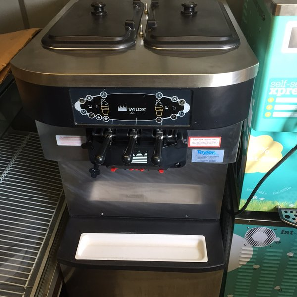 Taylor 3 Group Ice Cream Machine C712