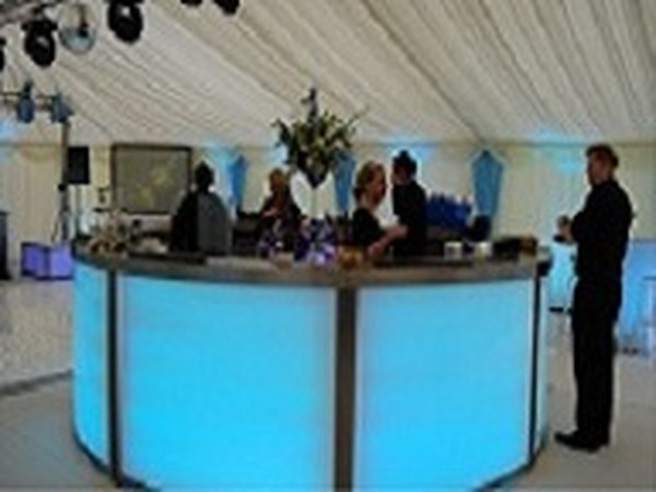 Kent Marquee company Require Experienced Marquee Foreman