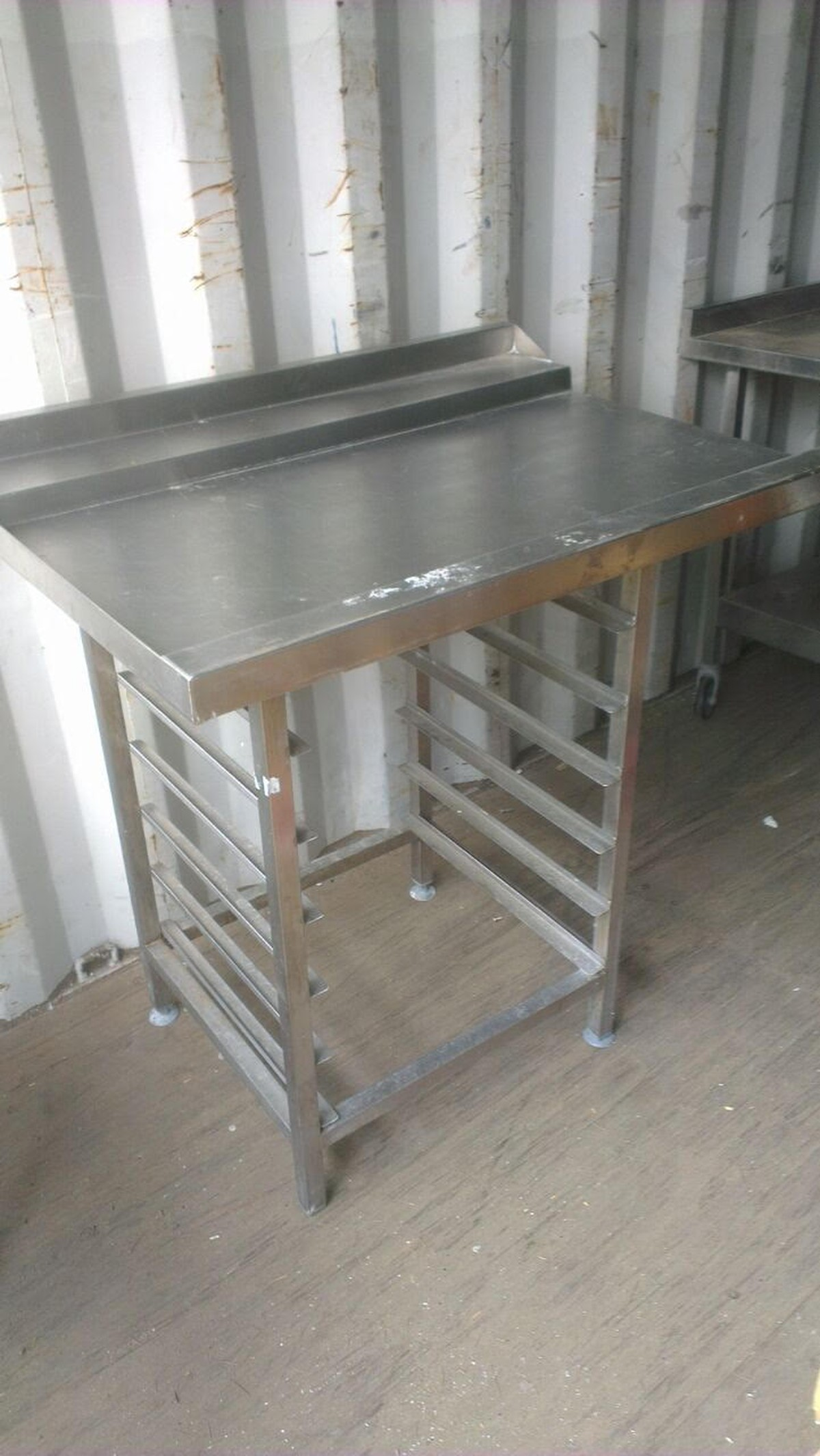 Secondhand Catering Equipment Clearing Trolleys And Tray Racks - Stainless steel dishwasher table