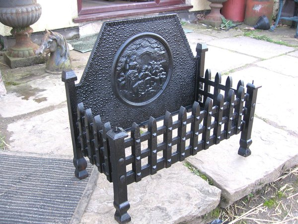 Ornate Cast Iron Fire Grate