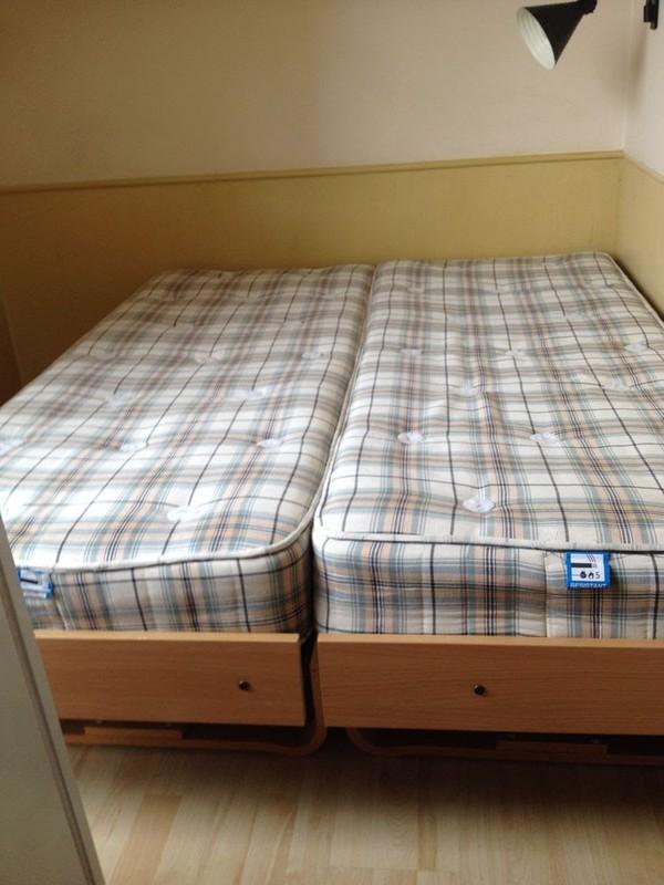 Cheap hotel beds