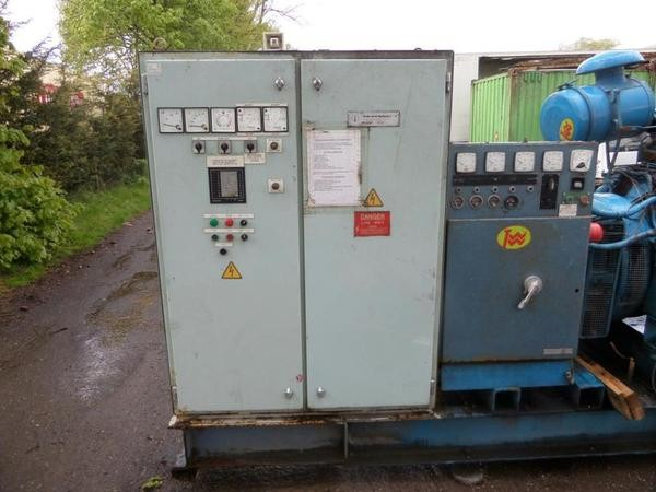 Used 6 cylinder turbo dorman 295 kva generator complete