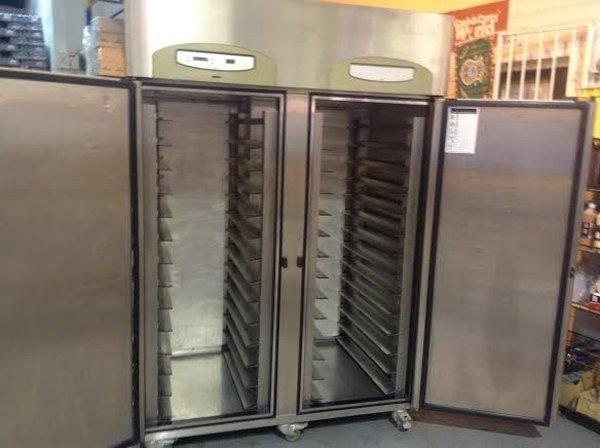Prem 40 BSR Bakery 2 Door Cabinet