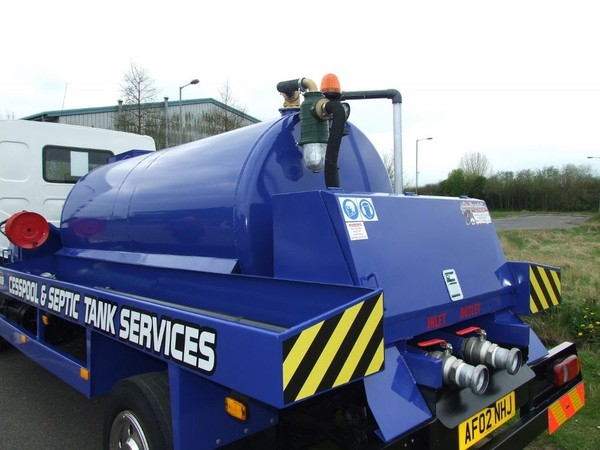 Second hand Vacuum Tanker Lorry