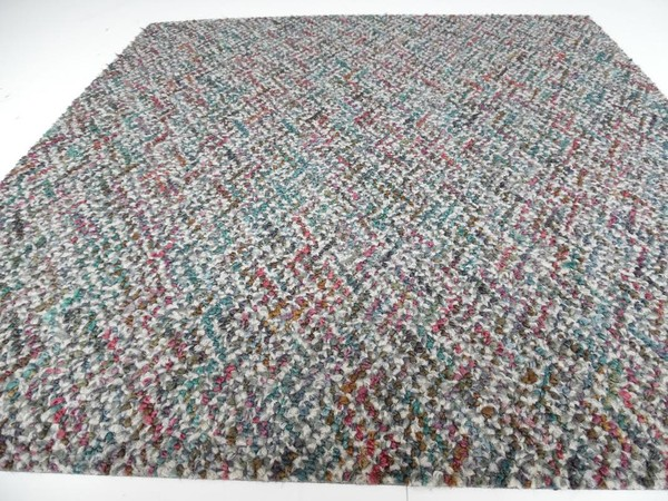 Used commercial carpet tiles