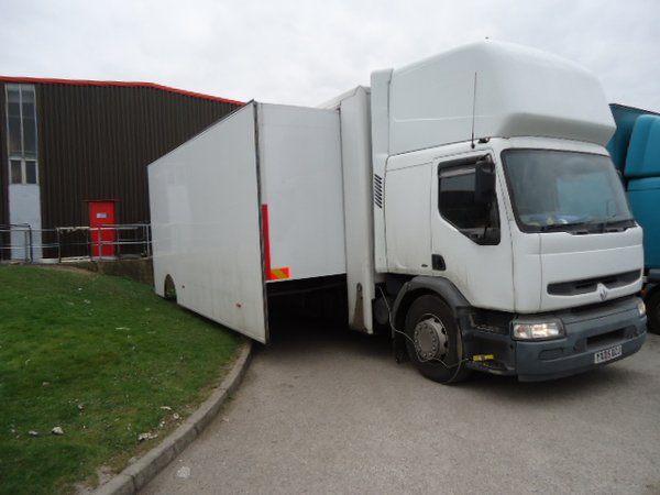 18T Exhibition Truck