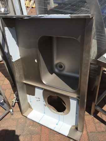 heavy duty sink with up stand and waste hole