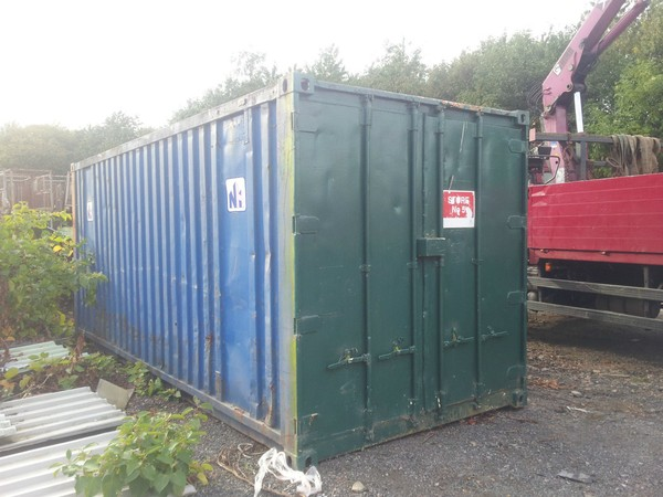 Second-hand shipping container Lancashire