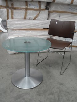 Circular low-level tables x 5