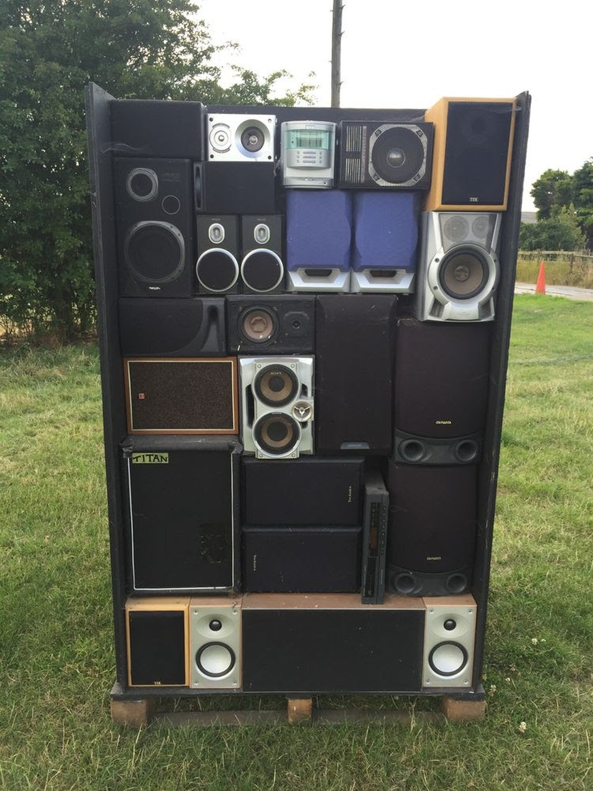 Secondhand Sound And Lighting Equipment Loudspeakers