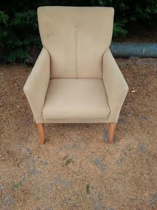 Lounge Chairs - Northampton