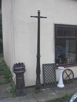 OLD VICTORIAN STYLE LAMP POST