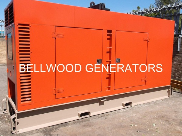 Aggreko super silent diesel generator