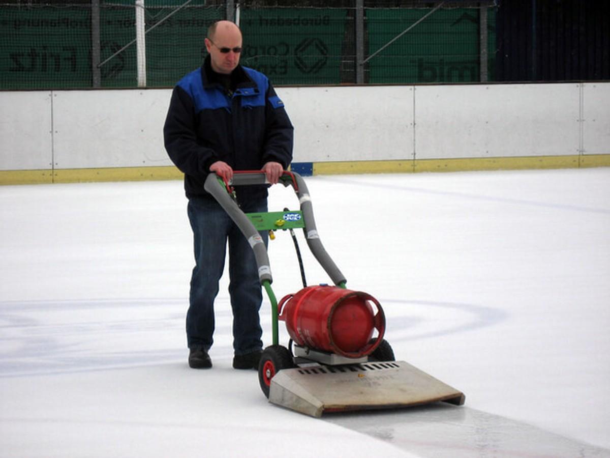 Ice Rink Equipment Ice Resurfacing Ice Rink Resurfacer