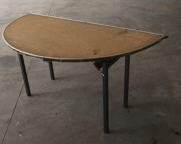 5' Half Round Tables