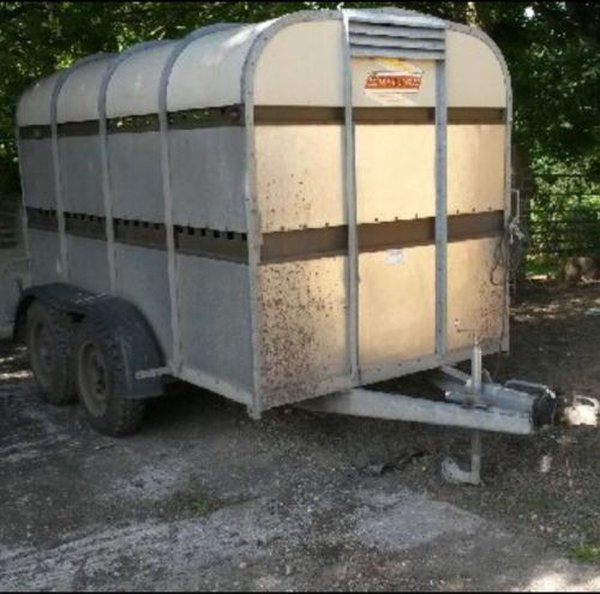 Bateson 10ft Twin Axle Alloy Livestock Trailer