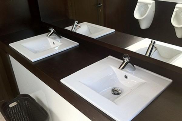 3+1+2 Semi-Luxury Toilet Trailer