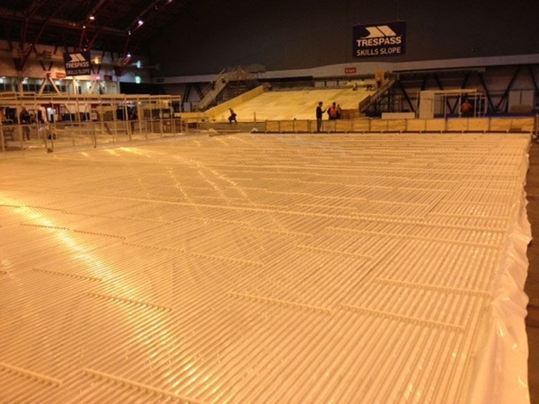 600sqm Real Ice Rink