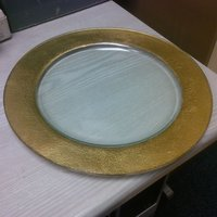 Stunning gold rimmed charger plate