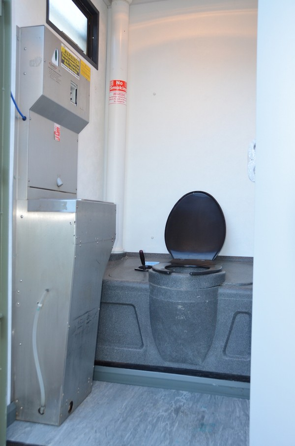 """16'x7'6"""" Mobile Anti-Vandal Self-Contained Welfare Unit"""