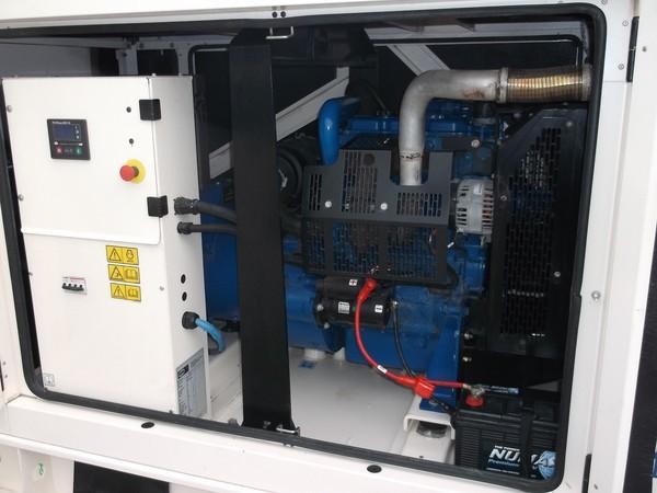 FG Wilson 60kva silent diesel generator, controls