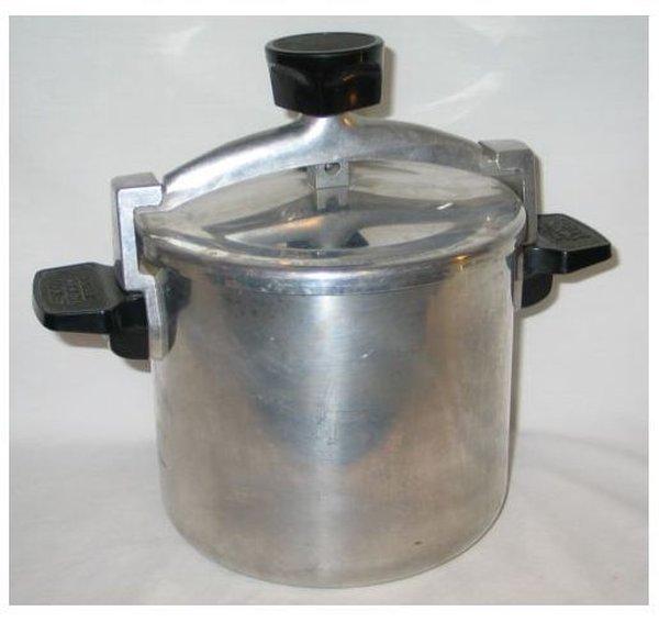 Wear-Ever Chicken Low Pressure Fryer- 6 QT - Aluminum