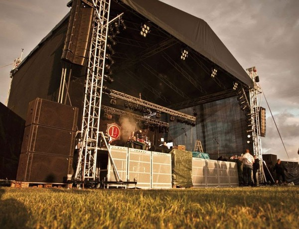 Outdoor Stage Roof