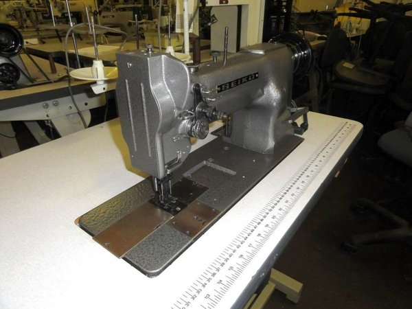 Twin needle walking foot sewing machine