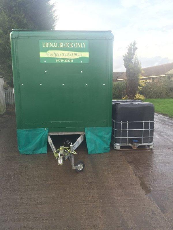 Large Mobile Urinal Toilet Trailer