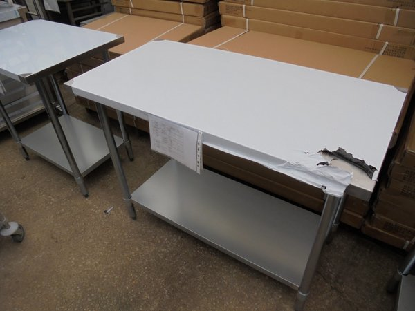 New Stainless Steel Table (3599)