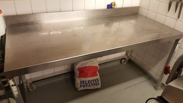 Used Stainless Steel Commercial Kitchen Workbench For Sale SE1