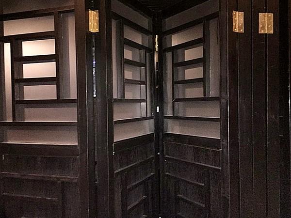 wooden concertina doors