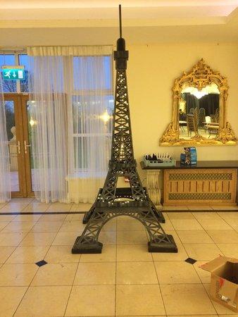 Eiffel Tower Prop