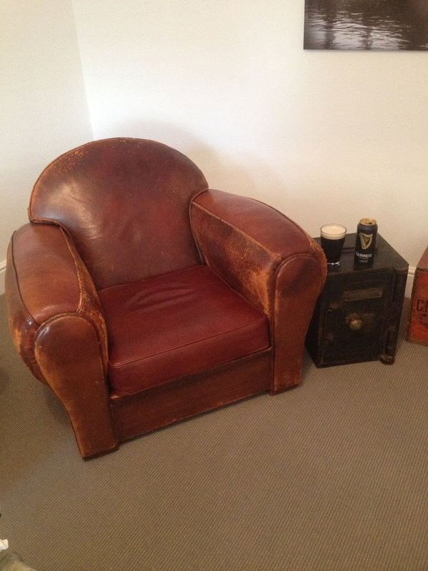 Leather vintage club chair
