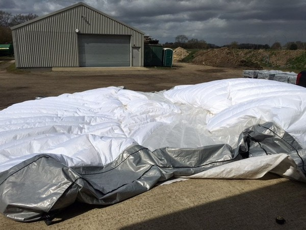 Un inflated inflatable marquee