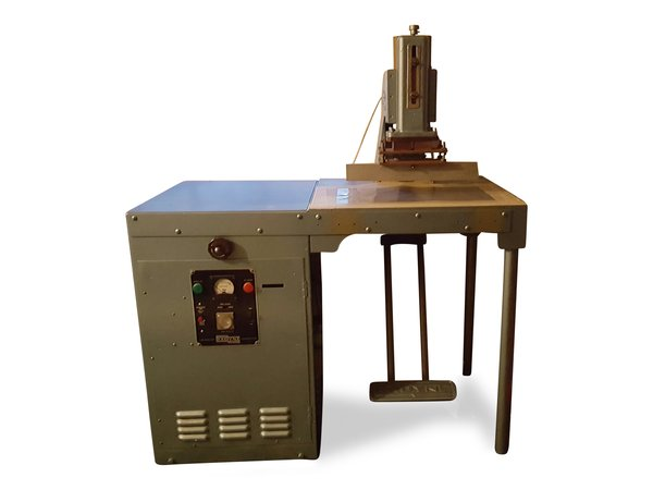 Radyne 15 CW High Frequency Welding Machine and Generator