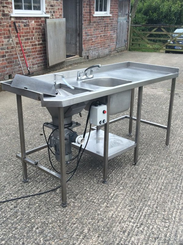 Sink Unit with Waste / Food Disposal Machine