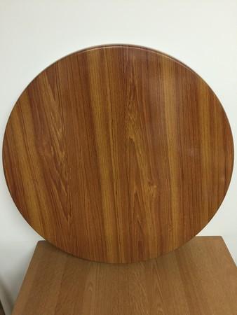 600 diameter table