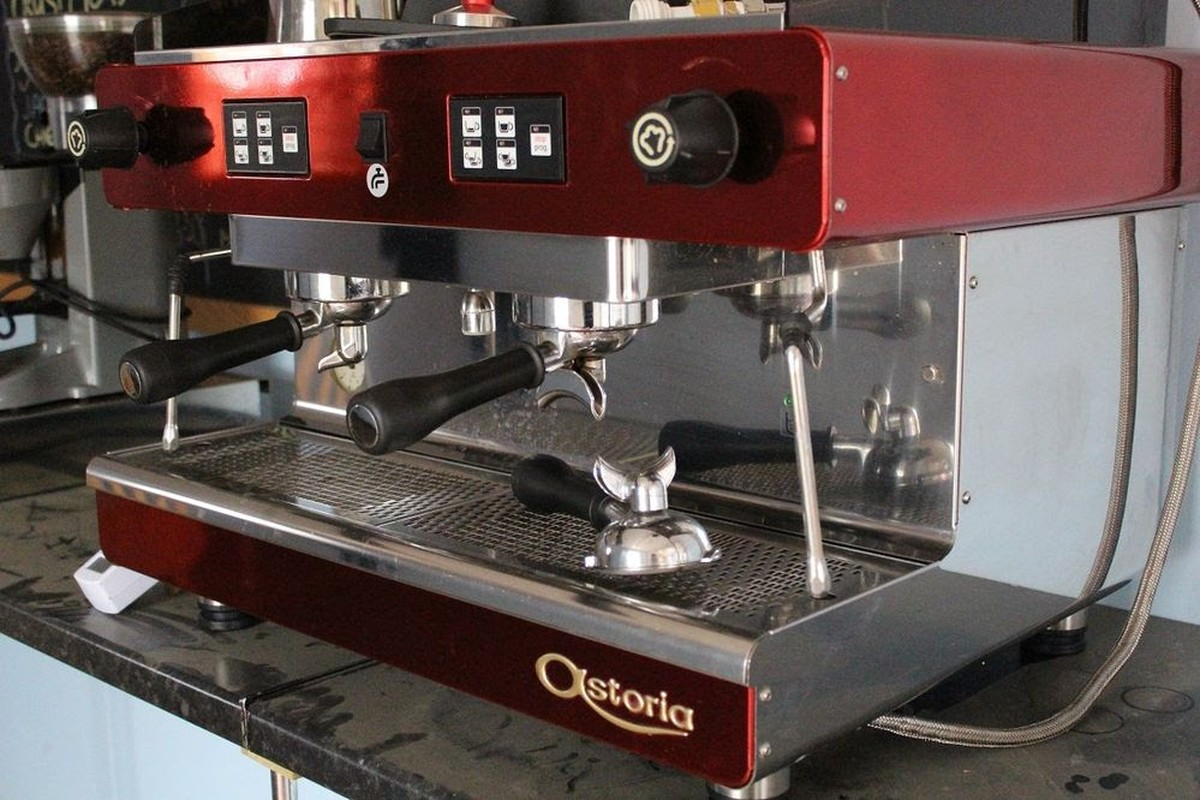 secondhand catering equipment 2 group espresso machines commercial coffee machine bicester. Black Bedroom Furniture Sets. Home Design Ideas