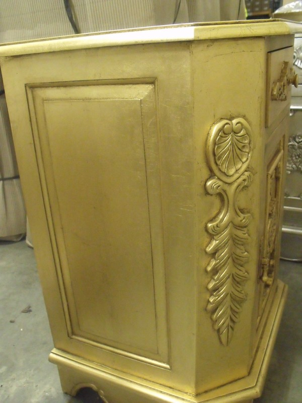 14x Baroque Bedside Cabinets in Gold Gilt