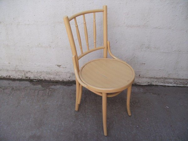 12x Yellow Spindle Back Bentwood Chairs (Code DC 600A)