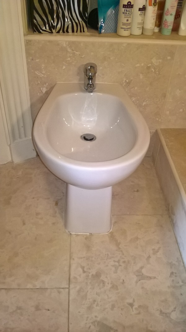 Complete Superior Bathroom Set Bidet