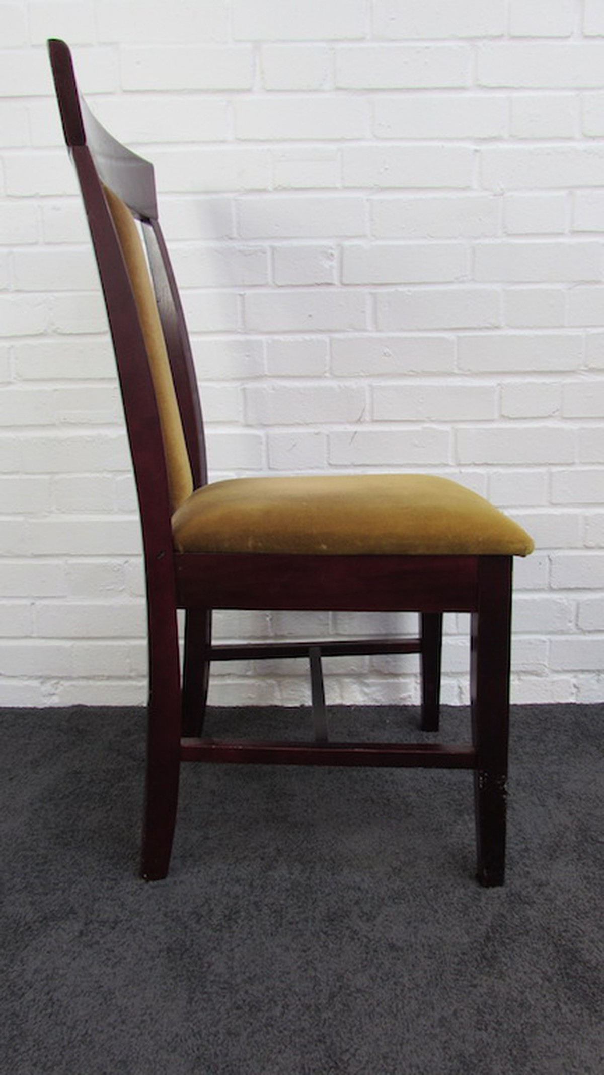 Secondhand Chairs And Tables Restaurant Chairs 2x