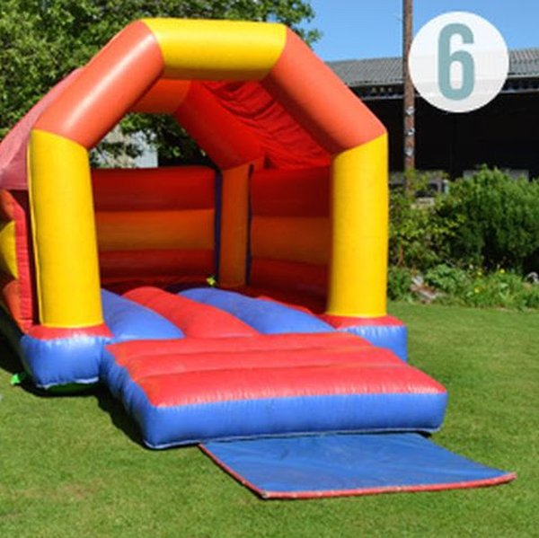 Bouncy Castle 12ft x 15ft (12ft high)