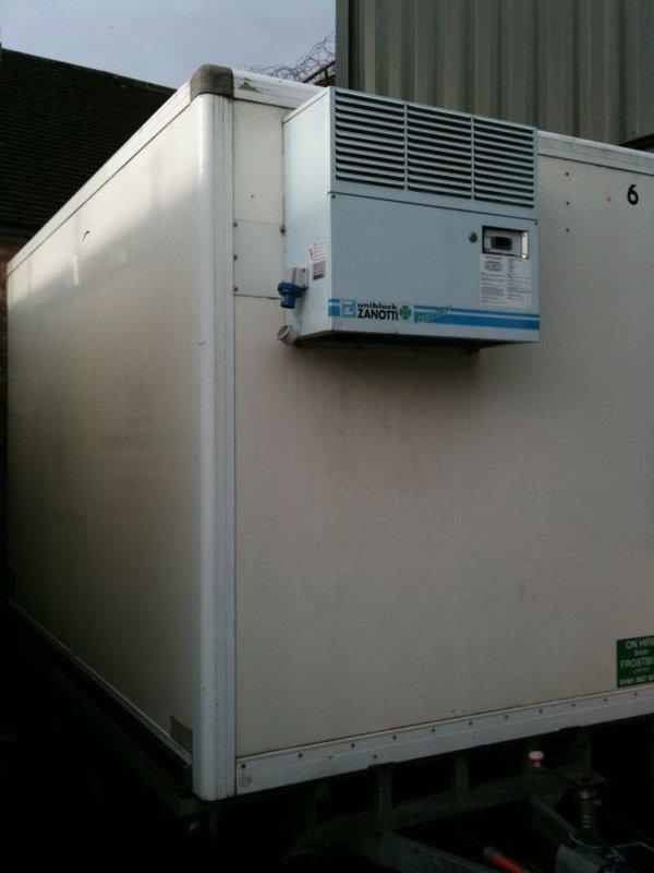 11ft Commercial Fridge Freezer Trailer