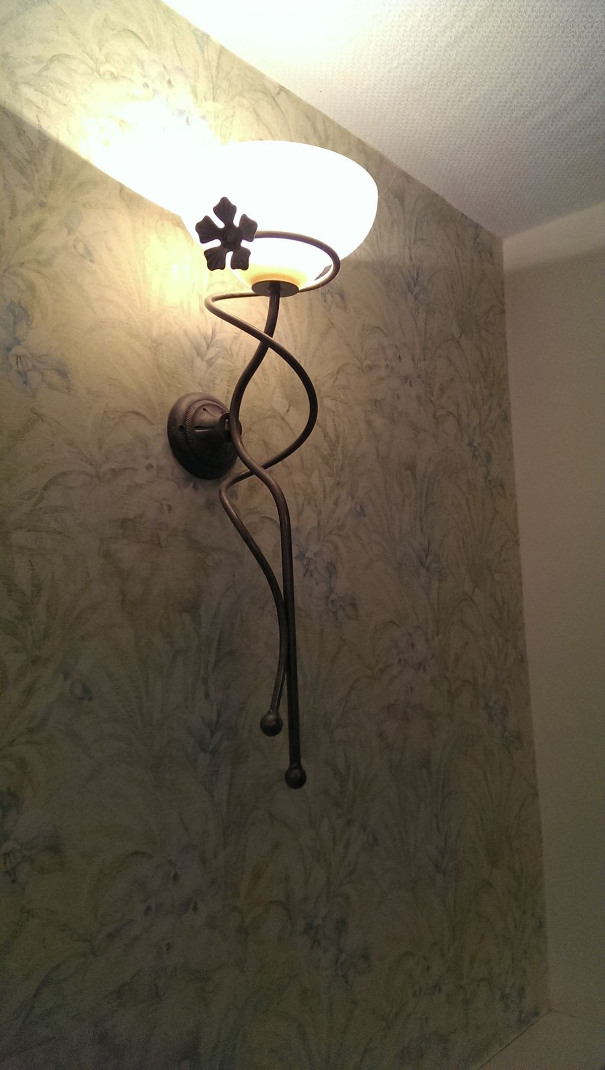 Secondhand hotel furniture lighting 18x wrought iron wall lights wrought iron wall lights wall lights for sale aloadofball Choice Image