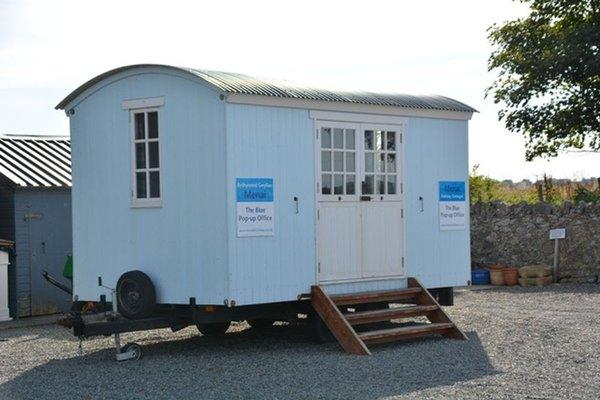 Shepherd Hut - Home Office, Spare Bedroom, Accommodation, Studio, Pop up Office