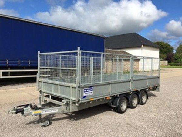 Ifor Williams LM166 Flatbed Trailer with full Mesh Kit