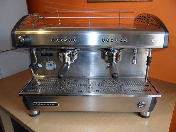 Reneka Viva S 2 group espresso/coffee machine inc grinder